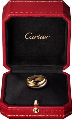 Trinity de Cartier ring, classic White gold, yellow gold, pink gold