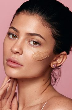 Kylie Jenner Face, Kylie Jenner News, Kendall Jenner Makeup, Kylie Makeup, Kylie Jenner Surgery, Kardashian Jenner, Kely Jenner, Maquillaje Kylie Jenner, Kylie Cosmetic