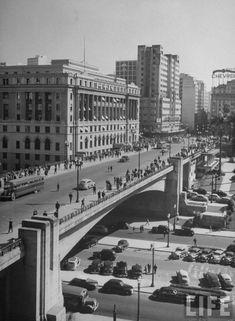 Viaduto do chá, em São Paulo - 1947.