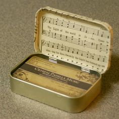 Crafting a Green World | Business Card Holder from an Altoids Tin | Page: 1 | Crafting a Green World