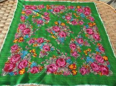 SALE 75% off romanian wool shawl roumanie от RussianshawlMayya