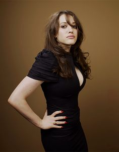 The Cathode Ray Mission: Femme Fatale Friday: Kat Dennings 2 Broke Girls, Elizabeth Olsen, Jennifer Aniston, Hot Bikini, Woman Crush, Beautiful Actresses, Pretty People, Girl Crushes, Beauty Women