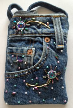 Nifty-Nifty  - Denim Cross-Body Bags For Cell Phones Holders And Everyday Essentials. Another Hands Free Accessory, $14.99 (http://www.nifty-nifty.com/denim-cross-body-bags-for-cell-phones-and-everyday-essentials/)