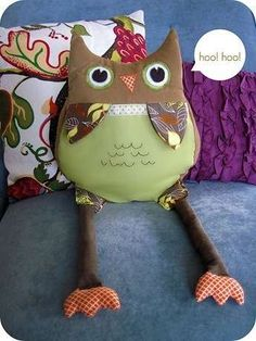 homemade by jill: audrey's owl Crafts To Do, Diy Crafts, Owl Pillow, Little Owl, Homemade Toys, Sewing Tutorials, Sewing Ideas, Handmade Items, Handmade Gifts