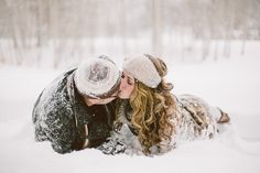 Snowy Engagement Session, Christmas Engagement Session, Winter Engagement Session- Malissa Ahlin Photography
