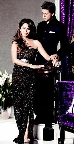 Gauri and Shahrukh Khan for D'Decor power couple Bollywood Stars, Bollywood Couples, Bollywood Fashion, Celebrity Couples, Celebrity Style, Shahrukh Khan Family, Abram Khan, Photo Romance, Star Wars