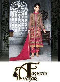 Mesmerizing Gray Salwar Kameez.Design And Style And Pattern Would Be At The Peak Of Your Beauty Once You Dresses This Gray Faux Georgette Salwar Kameez.