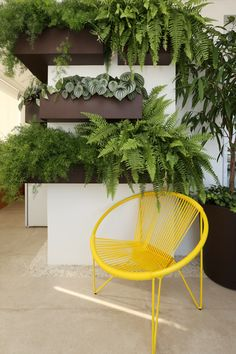 My Favorite Garden Design Garden Room, Outdoor Decor, Outdoor Garden Rooms, Green Interiors, Garden Design, Hanging Plants Indoor, Garden Wall, Plant Decor Indoor, Interior Garden