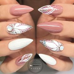 Rose and white stiletto nails Fancy Nails, Bling Nails, Stiletto Nails, Glitter Nails, Cute Nails, Pretty Nails, Coffin Nails, Fabulous Nails, Gorgeous Nails