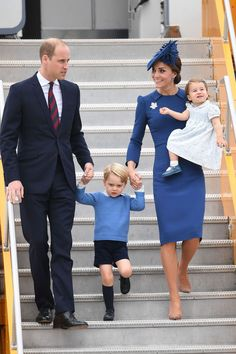 24 September 2016 - Royal Tour to Canada (day 1) - dress by Jenny Packham, shoes by Gianvito Rossi