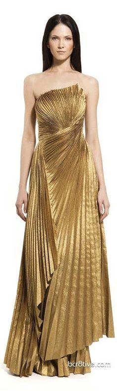 a4ae3f551e53 Из истории золотых платьев. Блестящая и ослепляющая красота.