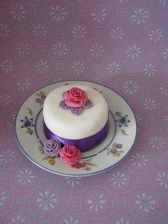 Rose Mini Cake