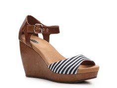 Dr. Scholls Milestone Wedge Sandal | DSW $59.95