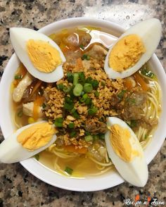 Chicken Mami is a perfect comfort food. It is a similar recipe for the Chicken Noodle Soup. This Chicken Mami recipe is a favourite menu and Filipinos. Chicken Mami Recipe, Chicken Recipes, Filipino Recipes, Filipino Food, Filipino Dishes, Yummy Noodles, Boiled Chicken, Asian Soup, Chicken Noodle Soup