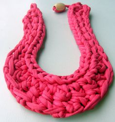 Gorgeous Bib Necklace Coral Crochet Necklace by Tayny on Etsy, $13.50