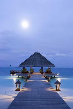 The Angsana Resort & Spa Maldives, Ihuru ~ is located in one of the most picturesque Island in the Indian Ocean.