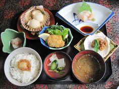 Homemade Japanese dinner for up to 4 students! Courtesy of Monika Oyama.