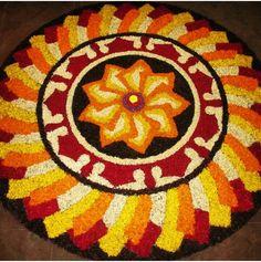 Onam Rangoli Designs Flower, Rangoli Ideas, Flower Rangoli, Beautiful Rangoli Designs, Kolam Designs, Mehndi Designs, Flower Designs, Diwali Decorations, Flower Decorations