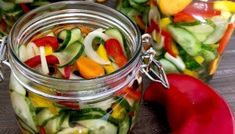 Sałatka z ogórków do słoików Kitchen Recipes, Pickles, Cucumber, Vegetables, Blog, Women, Diet, Women's, Pickle