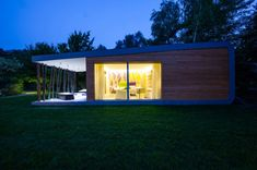 green-zero-modular-hotel-room-6-600x399