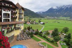 #Wellnesshotel Postin Lermoos Tirol. Grandioser Zugspitzblick und Genuss pur