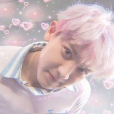 Find images and videos about pink, kpop and exo on We Heart It - the app to get lost in what you love. Park Chanyeol, Baekhyun, Kris Wu, Exo Fan Art, Exo Memes, Celebrity Dads, Celebrity Style, Cute Icons, N Girls