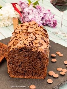CHEC CU VIN ROSU SI CIOCOLAta Loaf Cake, No Cook Desserts, Banana Bread, Cheesecake, Deserts, Food And Drink, Cooking, Tips, Sweets