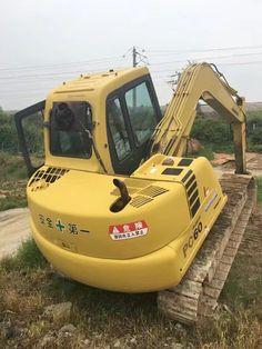 KOMATSU PC60-7 small excavator, 6 ton Japan PC60 tracked excavator Small Excavator, Excavator For Sale, Chenille, Digger, Tractors, Track, Japan, Runway, Truck
