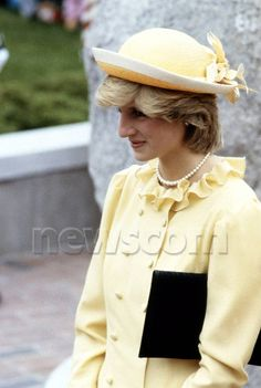 Princess Diana~I love this yellow on her!