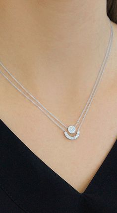 Make getting ready even easier with this already layered necklace! #diamonds #necklaces #danarebecca