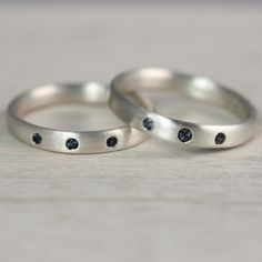 Silver Edgeless Bands with Flush Set Alexandrites – Aide-mémoire Jewelry