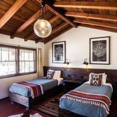 Spanish style homes – Mediterranean Home Decor A Frame Cabin, A Frame House, How To Build A Log Cabin, Cabin In The Woods, Spanish Style Homes, Spanish Style Bedrooms, Mediterranean Home Decor, Cabin Interiors, Home Fashion