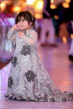 Pakistani Baby Girls Fancy Dresses For Birthday Party, Weddings