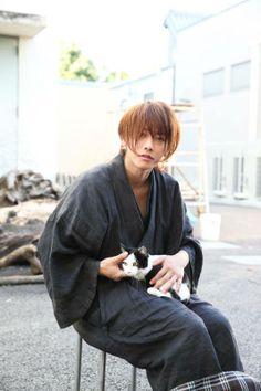 "Sato Takeru - a.a ""Rurouni Kenshin"" - Page 10 - global celebrities - Soompi Forums Japanese Drama, Japanese Men, Japanese Kimono, Kimono Japan, Rurouni Kenshin, Saitama, Asian Actors, Korean Actors, Takeru Sato"