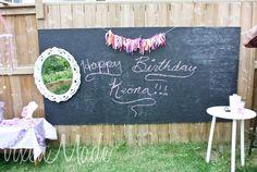 This big chalkboard banner is awesome! #birthday #decor #fancynancy
