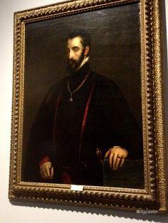 En 1522 se casó con María Enríquez y tuvo dos hijos: Diego y Fadrique.