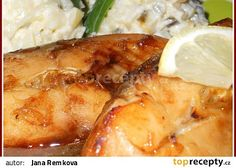 Kapr na medu recept - TopRecepty.cz Mashed Potatoes, Meat, Chicken, Cooking, Ethnic Recipes, Whipped Potatoes, Kitchen, Smash Potatoes, Brewing
