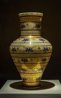 Vase No. 3886-78 from the Spanish-Moorish Series. Designed by Franz Schmoranz, around 1878. Yellowish opaque, mould-blown glass with gilding and blue enamel painting Lobmeyr Family Museum / Photo © Islamic Arts