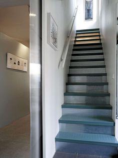 LUKKET, MEN LYS: Denne trappen i Asker slipper inn lyset, men ikke støvet.