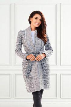 Cardigane trendy pentru femeia la 40 de ani! #cardigandama #cardiganlung Cardigan Outfits, Tunic Tops, Elegant, Women, Fashion, Tricot, Classy, Moda, Fashion Styles