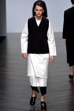 Central S. Martins ( Nicomede Talavera)  FALL 2013-14 Londres