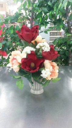 Traditional tabletop with magnolias and peonies - 3912