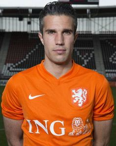 Dutch football player, Robin van Persie ~ Feyenoord, Arsenal, Manchester United, Fenerbahçe and Feyenoord Robin Van, Van Persie, National Football Teams, Little Bit, World Cup 2014, Orange Is The New Black, Fine Men, Grey Hair, Football Players