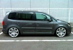 VW Touran with Bentley GT wheels Vw Emblem, Convertible, Bentley Gt, Volkswagen Touran, Seat Alhambra, Vw Sharan, Vans Style, Vw Tiguan, Vw Beetles