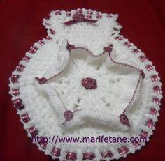 Yeni Farkli Kese Lif Modeli crochet Washcloth:http://www.marifetane.com/2013/01/yeni-farkli-kese-lif-modeli-crochet.html