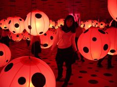 Yayoi Kusama- round circles that have lights inside with the dots looks mesmerising to the eye.