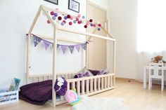Twin size children bed with fence SLATS BIRCH by SweetHOMEfromwood