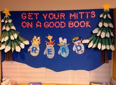 Winter bulletin board ideas for teachers! I have rounded up so fun winter-themed bulletin board ideas for your classroom! These would work great as December bulletin boards or January bulletin boards. December Bulletin Boards, Christmas Bulletin Boards, Reading Bulletin Boards, Winter Bulletin Boards, Preschool Bulletin Boards, Bullentin Boards, Library Boards, Library Ideas, Library Signs