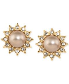 Pretty and classy clip-ons. Pearls are a weakness... a beautiful weakness – Carolee Top Of The Rock Gold-Tone Faux Pearl Sunburst Clip-On Earrings