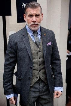 У nick wooster, look fashion, fashion mode, male fashion, older mens fashion Nick Wooster, Sharp Dressed Man, Well Dressed Men, Fashion Mode, Look Fashion, Male Fashion, Beard Fashion, Fashion Hats, Terno Slim Fit